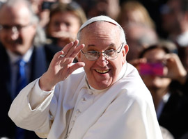 Pope-Francis-greets-crowd-before-celebrating-inaugural-Mass-in-St.-Peter's-Square-cns-paul-haring-montage