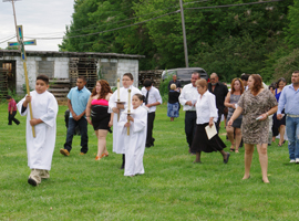 Procession during a Mass for migrants in the Diocese of Youngstown.