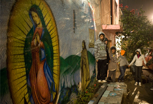 leon-mexico-guadalupe-teens-cns-david-maung-315x215