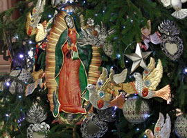 guadalupe-ornament-vatican-general-audience-christmas-tree-2010-cns-paul-haring