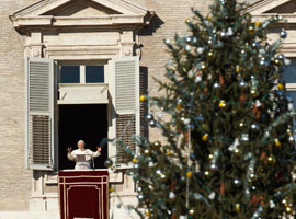 Pope Benedict XVI delivers his 2011 Christmas message. CNS Photo/Paul Haring.