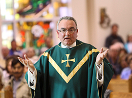 Father Edward Sheridan preaches at St Rosalie in Hampton Bays NY. CNS Photo/Gregory A Shemitz/Long Island Catholic